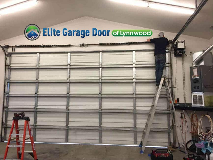 commercial-garage-door-repair-in-sumner-wa4